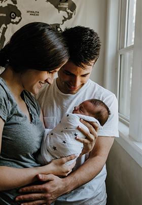 Stillberatung Graz und Umgebung - Das Team von Mami & Ich kommt zu dir nach Hause und beratet dich, wie du dein Baby stillst.
